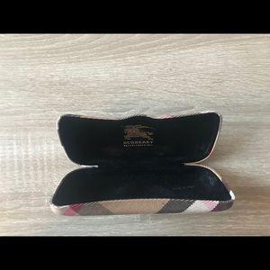 💯 Authentic Burberry Glasses Case